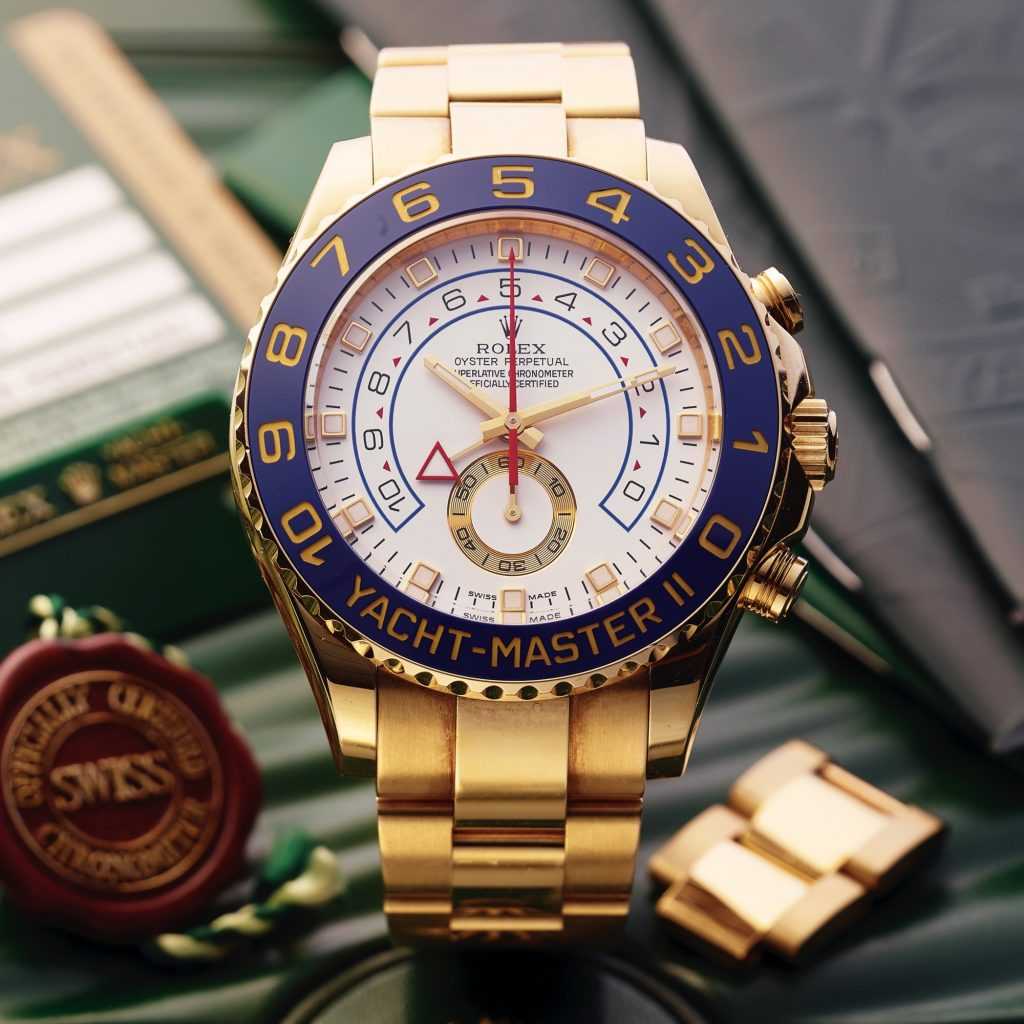 كم سعر ساعة يخت ماستر