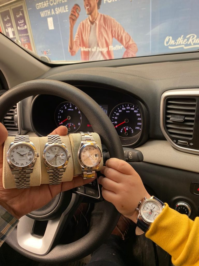 بيع ساعة سويسرية مستعملة